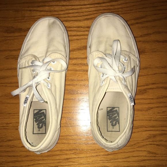 how to clean white vans using baking soda